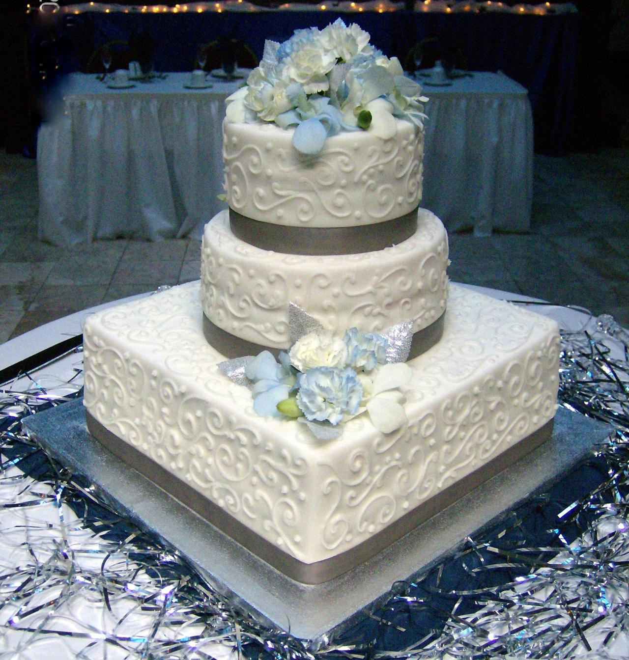 Beck\'s Crown Bakery - Wedding cakes #2